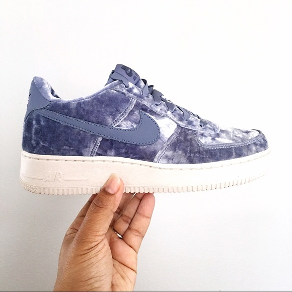 sports shoes 0e7af 53521 Nike Air Force 1 LV8 Dark Sky Blue Women Size 7.5